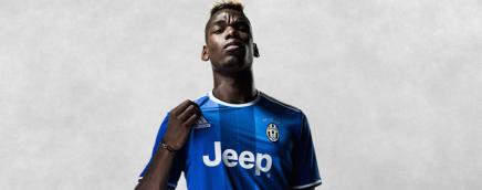 2016-17 Juventus away shirt: a tribute toRavanelli