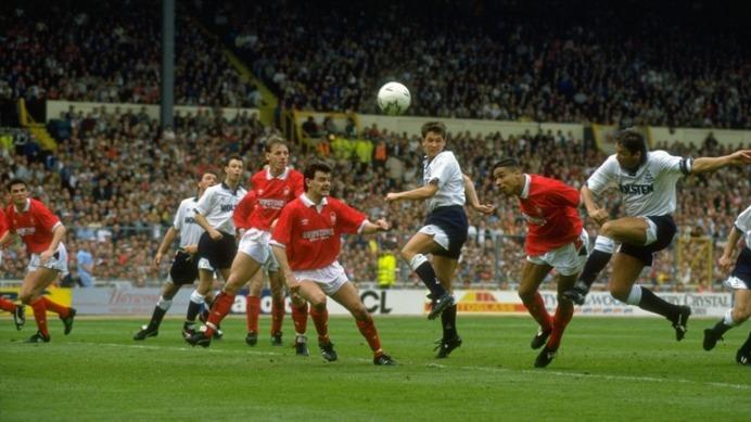 Gary Mabbutt Des Walker FA Cup Final