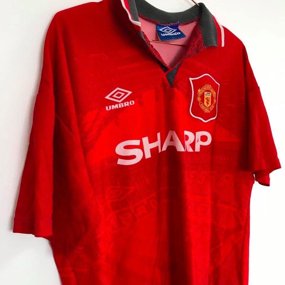 1994 Manchester United shirt