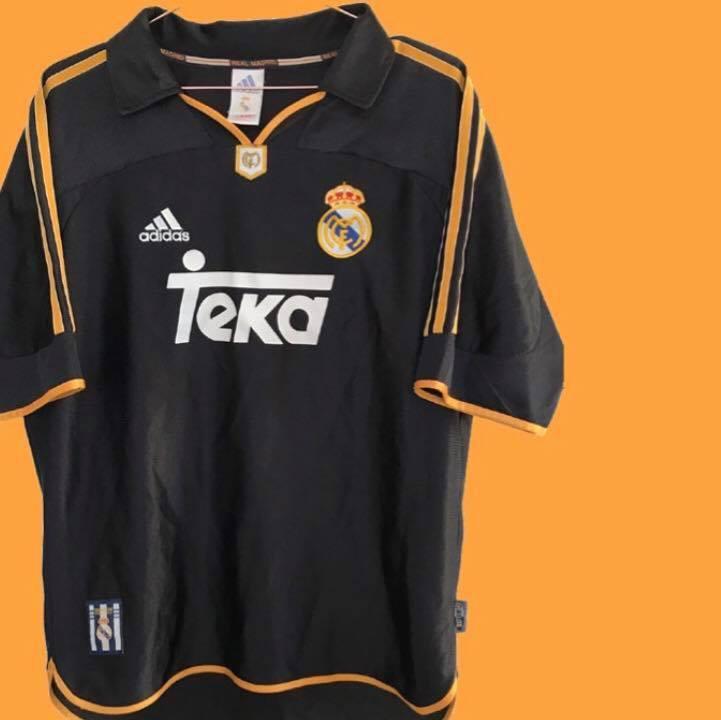 1999-02 Real Madrid away shirt