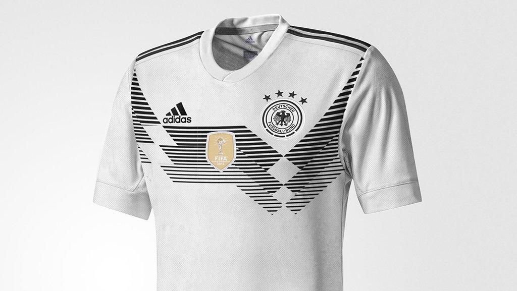 2018 Germany football shirt